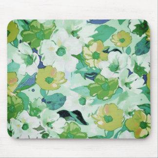 Elegant Multicolor floral sketch texture Mouse Pad