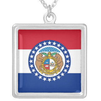 Elegant Necklace with Flag of the Missouri