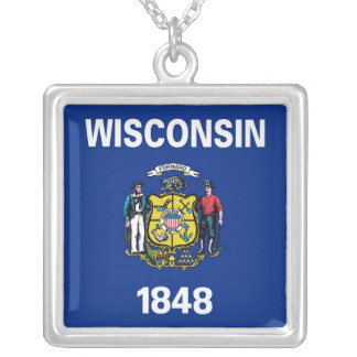 Elegant Necklace with Flag of the Wisconsin