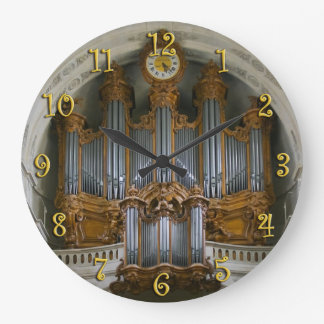 Elegant organ clock