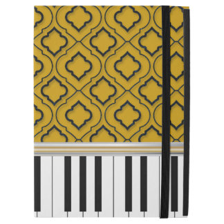 "Elegant Piano Keys with Black Quatrefoil on Gold iPad Pro 12.9"" Case"