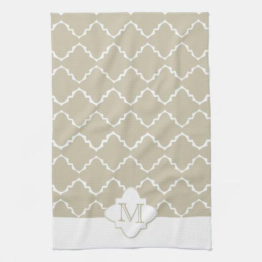 Elegant Quatrefoil Pattern - Latte White Towels