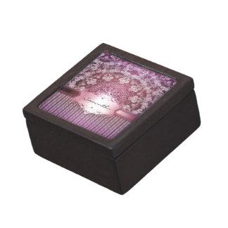 Elegant Shimmer II - A Keepsake Box