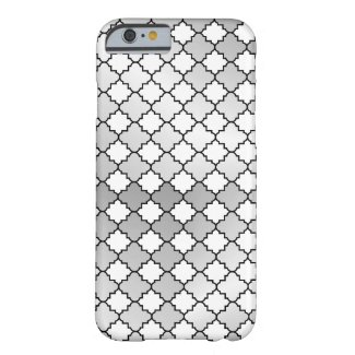 Elegant Silver Quatrefoil Pattern Barely There iPhone 6 Case