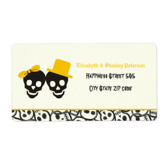 Elegant skulls Halloween yellow wedding label