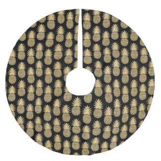 Elegant Tropical Black and Gold Pineapple Pattern Brushed Polyester Tree Skirt