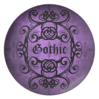 Elegant vampire damask purple and black decor dinner plate