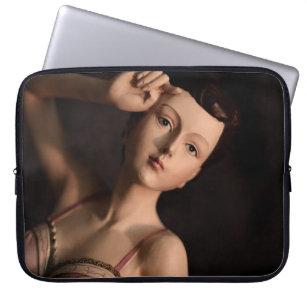 Elegant Vintage Glamour Girl Mannequin Sissy Girly Laptop Sleeve