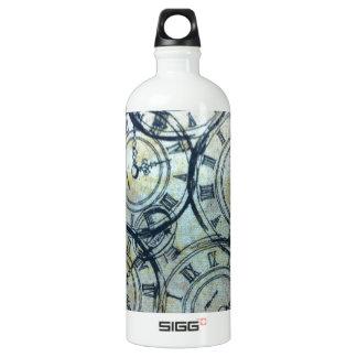 Elegant Vintage Pocket Watches Pattern Water Bottle
