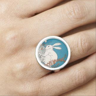 Elegant Vintage White Rabbit Flowers Photo Ring