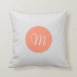 Elegant zigzag of chevrón and monograma throw pillow