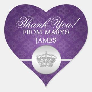 Elegante gracias púrpura real de la corona pegatina en forma de corazón
