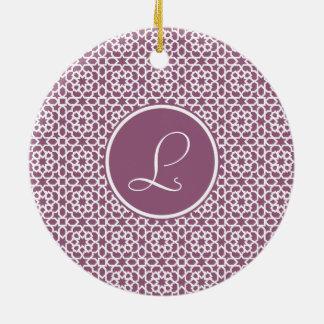 Elegante monograma de geometría púrpura adorno navideño redondo de cerámica