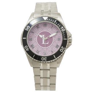 Elegante monograma de geometría púrpura relojes