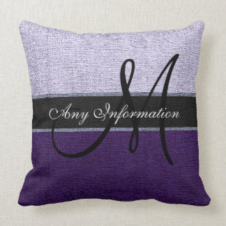 Elegante púrpura y de plata del monograma almohadas
