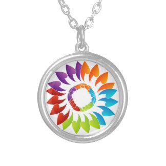 Elemento coloreado arco iris del diseño floral collares