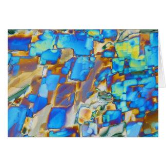 Elementos/itrio debajo del microscopio tarjeta de felicitación