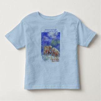 Elephants never foreget! t-shirt