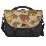 Elephants painting commuter bag