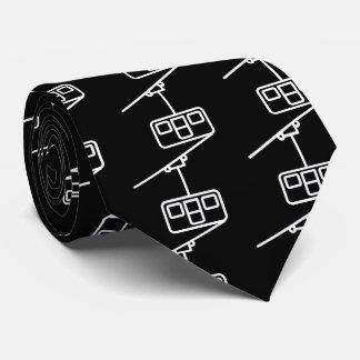 Eleva mínimo corbata