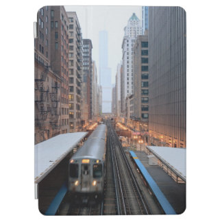 Elevated rail in downtown Chicago over Wabash iPad Air Cover