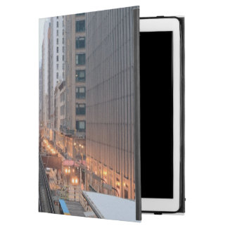 Elevated rail in downtown Chicago over Wabash iPad Pro Case