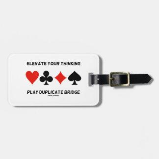 Eleve su puente de pensamiento del duplicado del j etiqueta de maleta