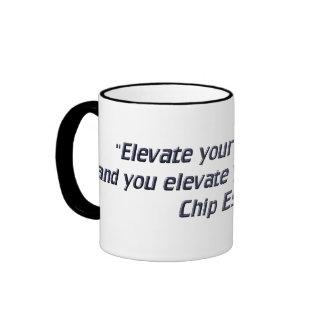 Eleve sus pensamientos tazas de café