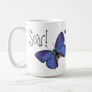 ¡Elévese! Taza azul de la mariposa