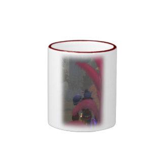 Elf traveller ringer mug