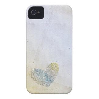 Eliminado diseño artístico del texto del corazón iPhone 4 Case-Mate coberturas