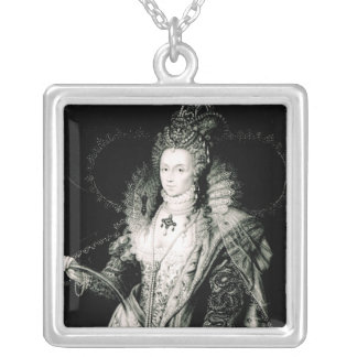 Elizabeth I drawn by W.Derby and engraved by Silver Plated Necklace