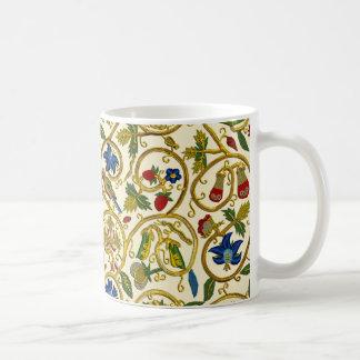 Elizabethan Swirl Embroideries - Goldwork imitatio Mugs
