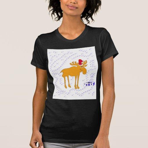 Elk big in the Christmas hat T-Shirt