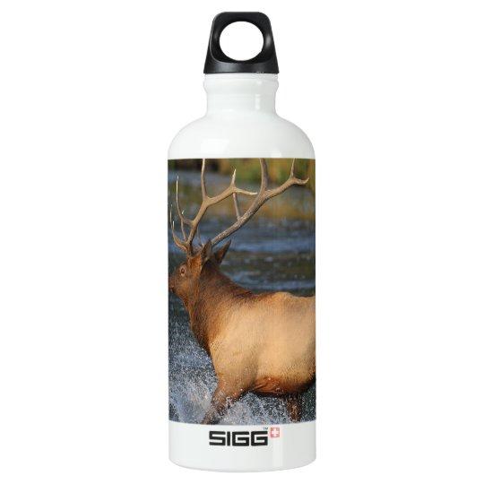 elk splashing in the water aluminum water bottle