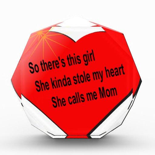 Ella me llama mamá .................