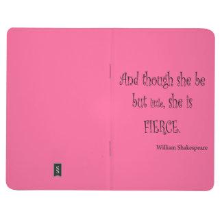 Ella sea pero poco ella es cita feroz de cuadernos grapados