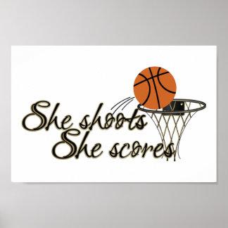 Ella tira, ella anota (el baloncesto) póster