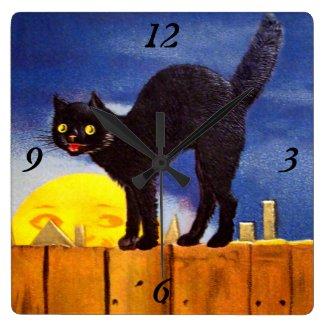 Ellen H. Clapsaddle: Black Cat on a Fence
