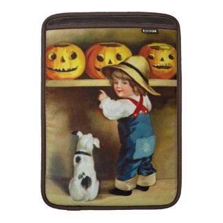 Ellen H. Clapsaddle: Boy, Dog and Jack O'Lanterns MacBook Air Sleeve