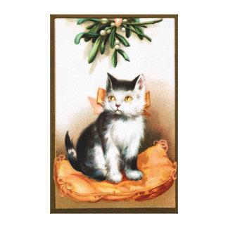 Ellen H. Clapsaddle: Cat under Mistletoe Canvas Print