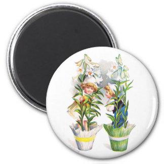 Ellen H. Clapsaddle: Easter Flower Children 2 Inch Round Magnet