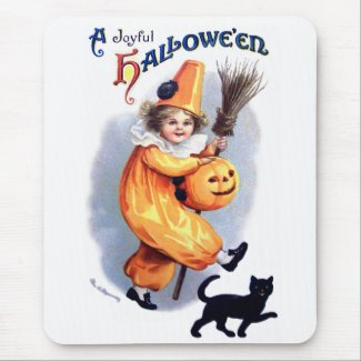 Ellen H. Clapsaddle: Halloween Harlequin with Cat