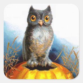 Ellen H. Clapsaddle: Halloween Owl Sticker
