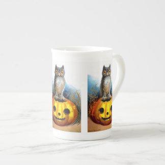 Ellen H. Clapsaddle: Halloween Owl Tea Cup