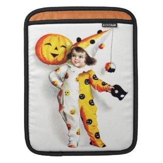 Ellen H. Clapsaddle: Little Halloween Harlequin