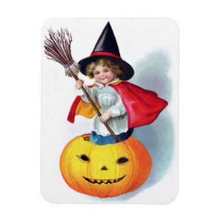 Ellen H. Clapsaddle: Little Pumpkin Witch Magnet