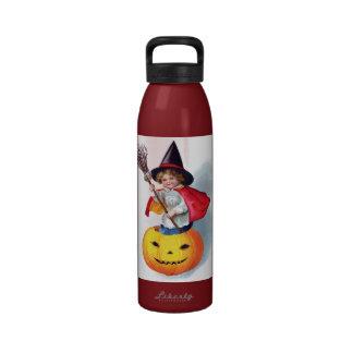 Ellen H. Clapsaddle: Little Pumpkin Witch Drinking Bottle
