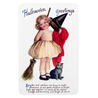 Ellen H. Clapsaddle: Little Witch with Cat Magnet