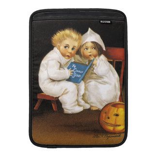 Ellen H. Clapsaddle: Thrilling Halloween Sleeves For iPads